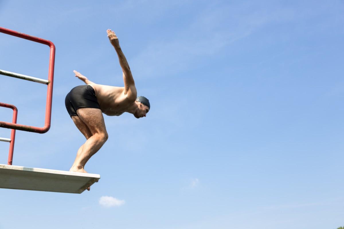 errores que se deben evitar en la natación: entrenar la natación consistentemente