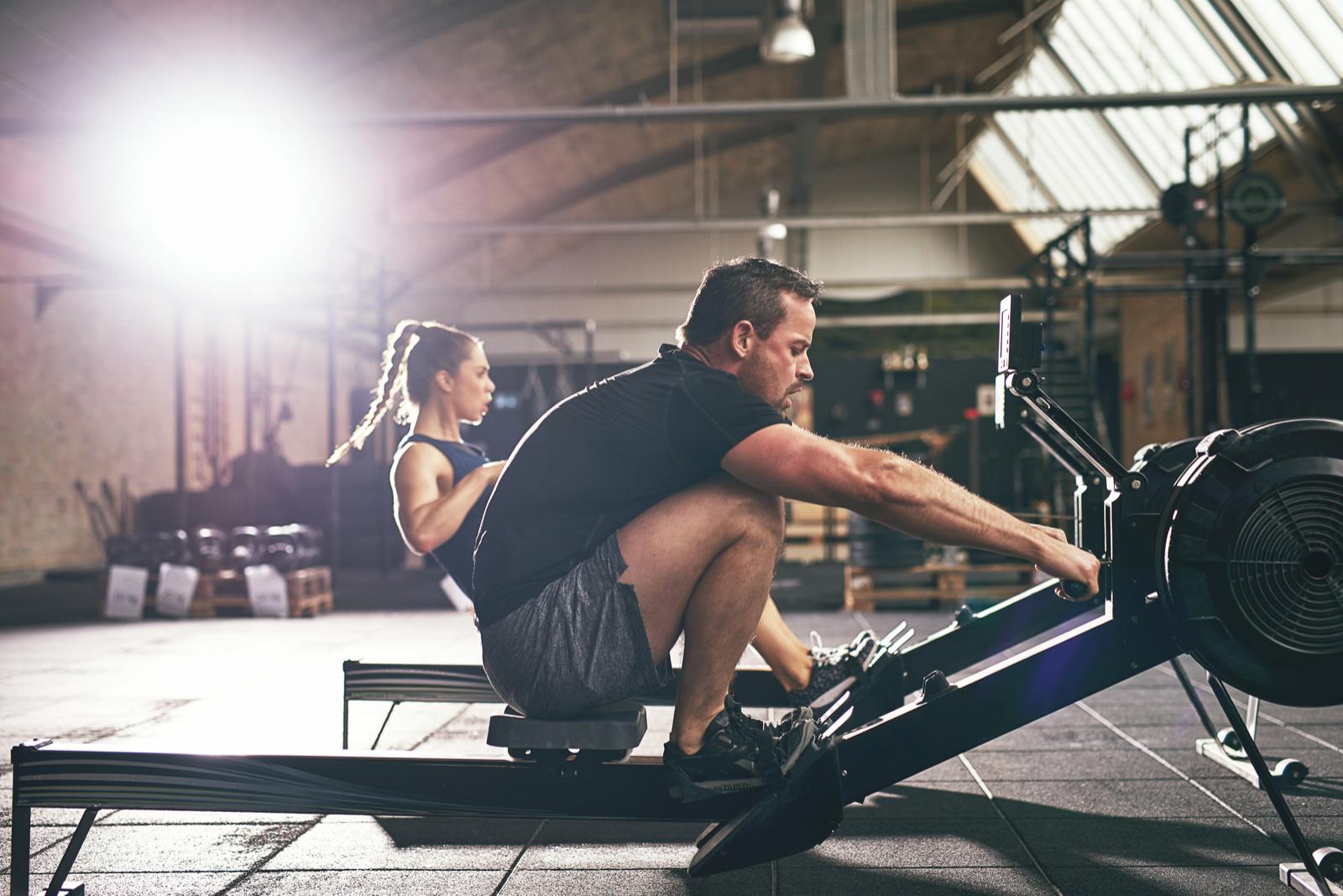 equipos de gimnasio en casa, la guía para elegir la máquina adecuada para usted