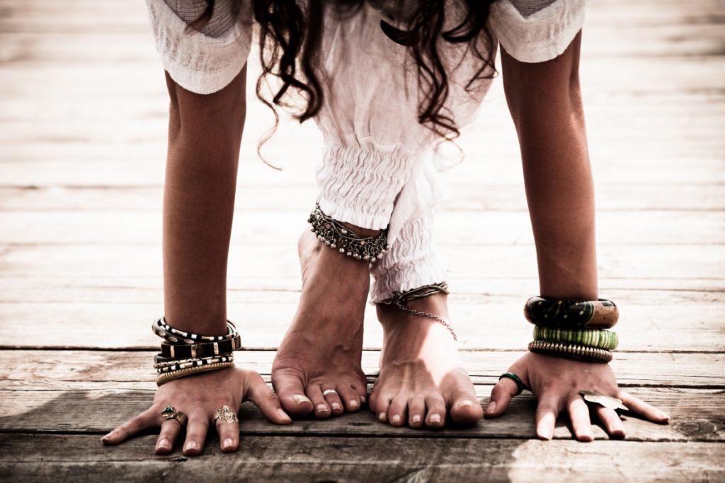posiciones de yoga y hatha yoga